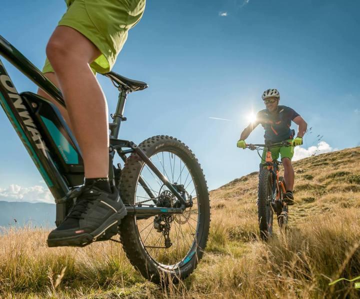 @conway-bikes.de